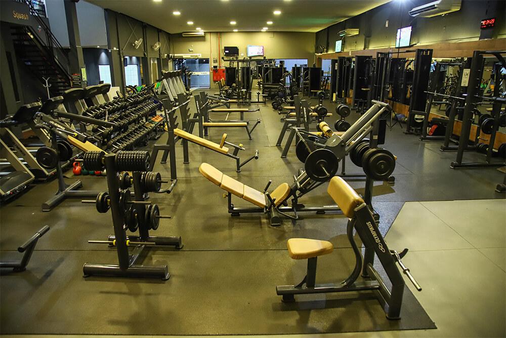 Nossos Equipamentos | Academia Estação Sport Center